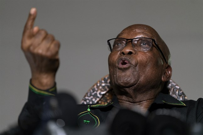 Rättegången mot Jacob Zuma återupptas på måndagen.