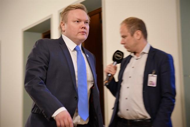 Forsknings- och kulturminister Antti Kurvinen kommer att befinna sig på plats under sommar-OS i Tokyo. Arkivbild.