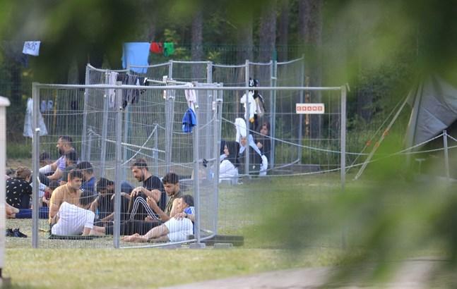 Litauen har begärt internationellt bistånd hos EU:s civilskyddsmekanism på grund av att ett rekordstort antal flyktingar har anlänt via Belarus de senaste veckorna.