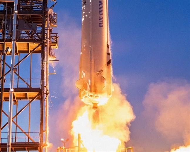 Tisdagen den 20 juli åker Jeff Bezos till rymden. Bilden på New Shepard är tagen den 19 maj 2021.