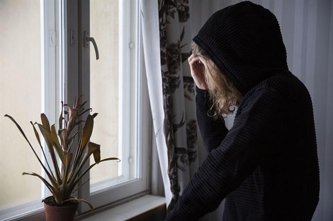 Den psykiska belastningen och självmordstankarna har främst ökat hos högutbildade kvinnor.