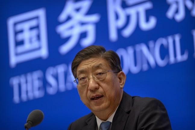 Kinas vice hälsominister Zeng Yixin under torsdagens presskonferens i Peking.