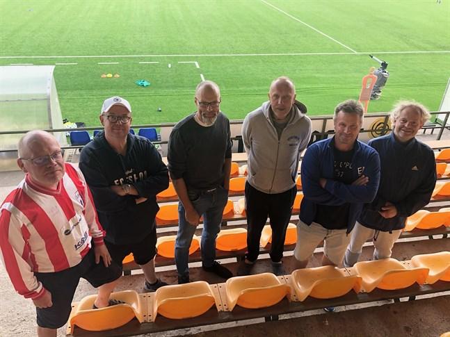 Pekka Leppälä, Jukka Lappalainen, Janne Grahn, Kari Kaartamo, Anders Mattsson och Patrik Hansell var med i den första öppningsmatchen.
