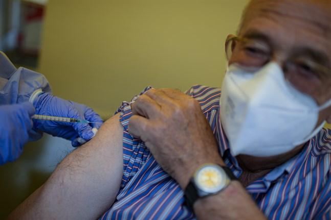 Vaccineringarna fortsätter enligt plan i Spanien. Arkivbild.
