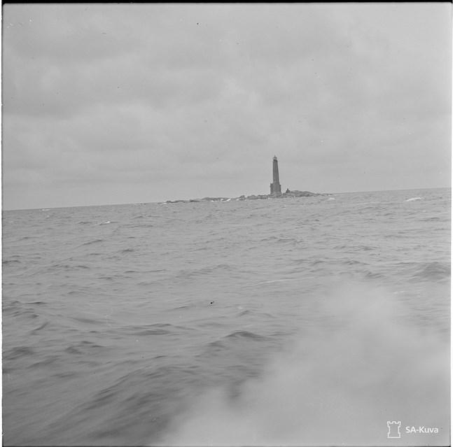Bengtskär i oktober 1941, några månader efter slaget om klippön.