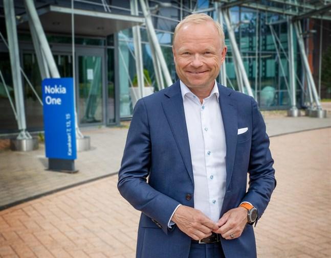 Pekka Lundmark har orsak att vara nöjd. Han har vänt Nokias kurs och riktning.