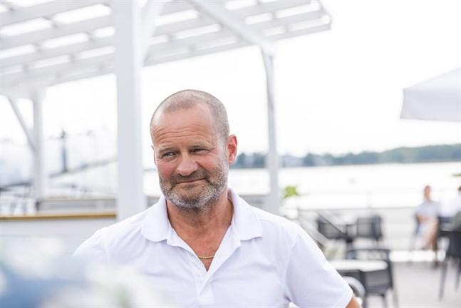 Michael Ekman, krögare på Faros, berättar om en fantastisk restaurangsommar med mycket inhemska gäster som aldrig förr besökt Vasa men gillar upplevelsen.