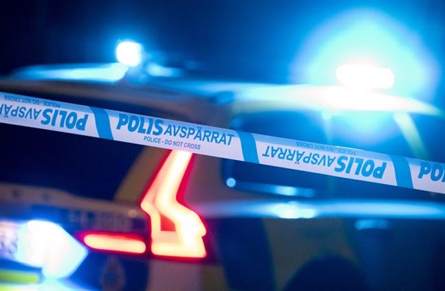 En person har skjutits i Kärrtorp.
