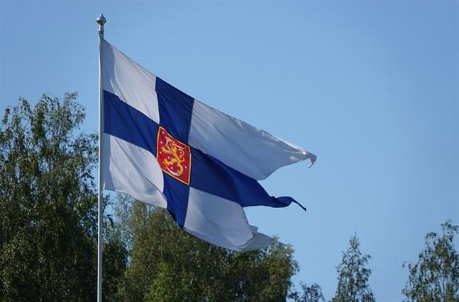Försvarsmakten har uppmanat beväringarna i Obbnäs att vara i kontakt med sina anhöriga.