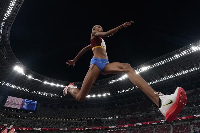 Yulimar Rojas tog OS-guld och satte världsrekord åt Venezuela.
