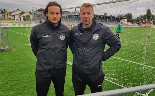 Christian Sund dök upp bredvid Niklas Vidjeskog på KPV:s träningar på måndagen.