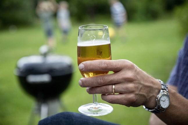 Ölet är märkt som alkoholfritt men har en styrka på 4,5 procent. Arkivbild.