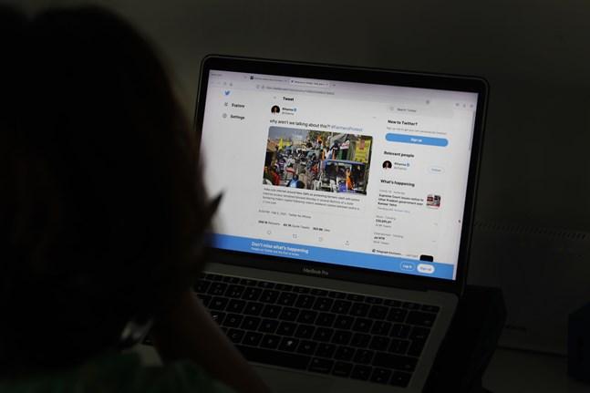 Twitter inleder ett nytt samarbete i kampen mot felaktig information. Arkivbild.