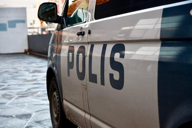 Lapplandspolisen fortsätter utreda fallet.