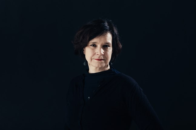 """Mia Franck har doktorerat i litteraturvetenskap på avhandlingen """"Frigjord oskuld"""" (2009) och intresset för att forska är viktigt även i hennes författarskap."""