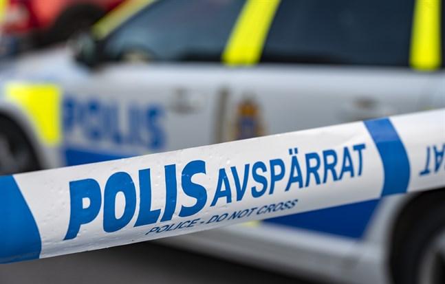 Flera personer har skadats vid en förmodad skjutning i Kristianstad.