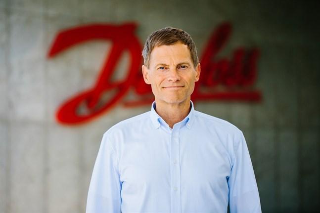 Danfoss vd Kim Fausing välkomnar 10000 nya kolleger.