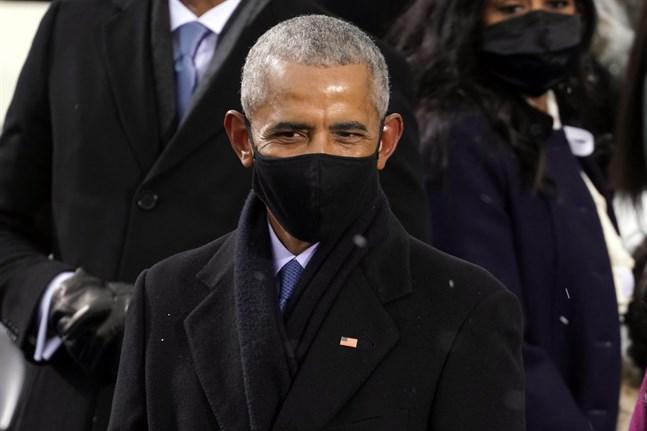 Barack Obama har till slut backat och krympt sin 60-årsfest på grund av pandemin. Arkivbild.
