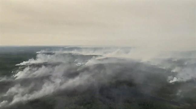 Enorma bränder härjar sedan flera veckor tillbaka i nordöstra Sibirien. Bilden togs den 17 juli.