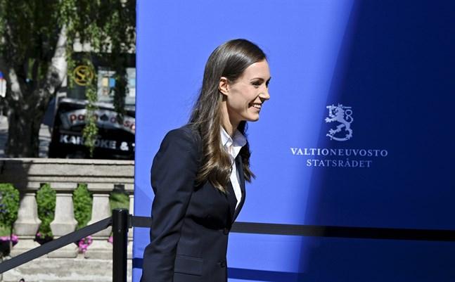 Statsminister Sanna Marin (SDP) anländer till Ständerhuset på torsdagen.
