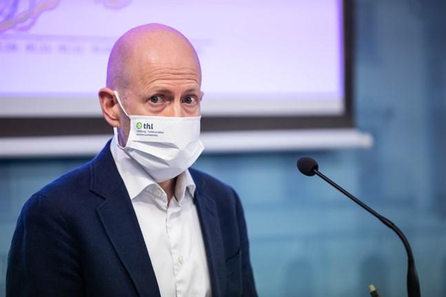 – Vaccinerna har en god effekt, säger Otto Helve, överläkare vid Institutet för hälsa och välfärd. Arkivbild.