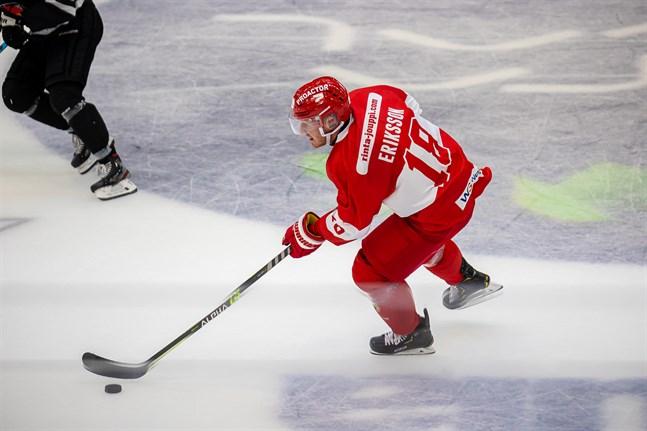 Sports bäste poängplockare Henrik Eriksson satte lagets enda mål borta mot Kärpät.