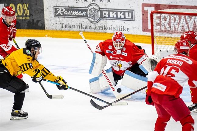 Atte Tolvanen vikarierar skadade Rasmus Reijola i två månader.