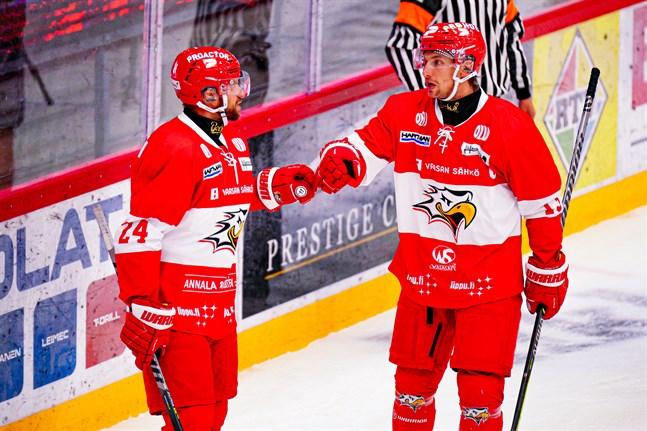 Bröderna Filip och Erik Riska var återförenade i fjärdekedjan och belönades med att göra matchens första mål.