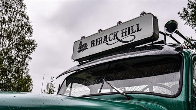 Jonathan Ehrs pappa brukar tala om Riback Hill.