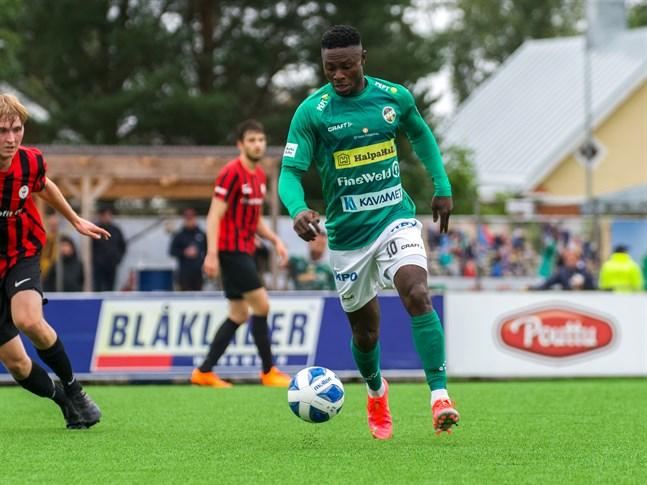 Oke Akpoveta blev en succé när han kom till KPV i juli.