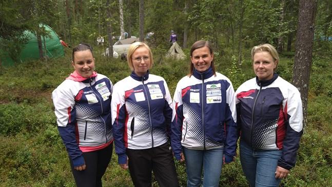 Jonna Kärr, till vänster, Saija Ådjers, Pia Bergström och Heli Kankaanpää utgjorde OK Kristinas lag i Venlakaveln i Rovaniemi.