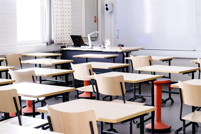 THL:s nya skolhälsoenkät visar bland annat att känslan av ensamhet har blivit vanligare bland barn och unga.