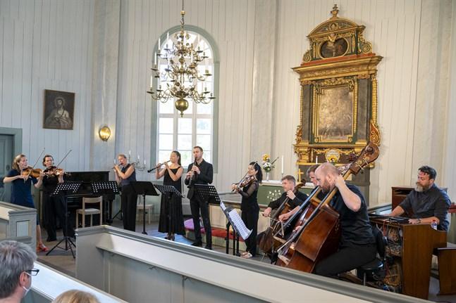 Konserten Syrsor i Replot kyrka.