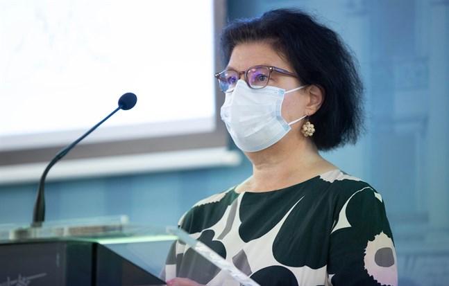 Barn smittas främst av sina föräldrar och mer sällan i skolorna, säger strategidirektör Liisa-Maria Voipio-Pulkki vid Social- och hälsovårdsministeriet. Arkivbild.