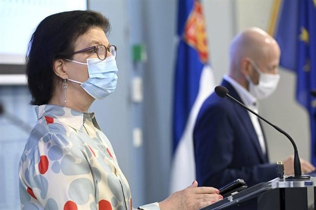 I presskonferensen medverkar bland andra Liisa-Maria Voipio-Pulkki, strategidirektör vid Social- och hälsovårdsministeriet, och Otto Helve, överläkare vid Institutet för hälsa och välfärd.