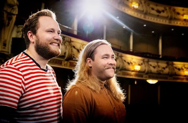 Tvillingbröderna Jonas och Joel Forsbacka från Nykarleby ska för första gången jobba tillsammans.