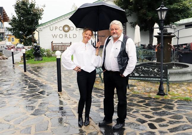 Jannica Granbacka och Sture Udd ser fram emot Bock's Run som ordnas på lördag.