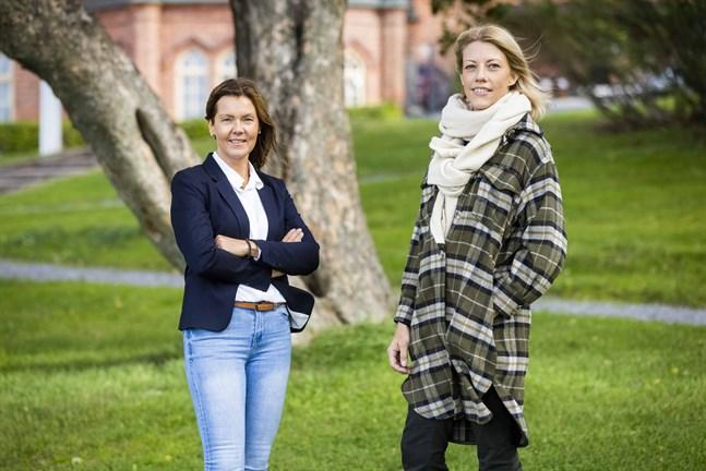 """Eva Åstrand och Denice Vesterback har jobbat med projektet """"Den bästa skolan 2.0"""" i drygt ett år."""