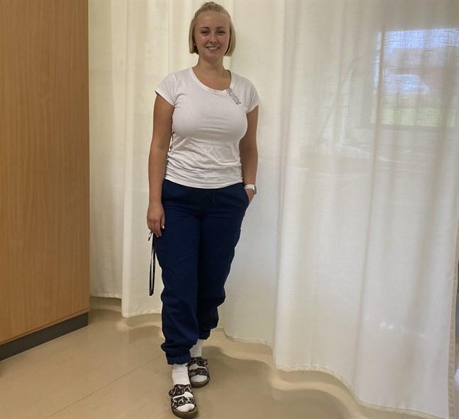 I dag jobbar Madeleine Isuls som timlärare vid Yrkesakademin. Där utbildar hon blivande närvårdare i bland annat klinisk vård.