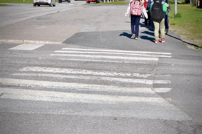 Målet med trafiksäkerhetsveckan är att påminna om vikten av trafikfostran.