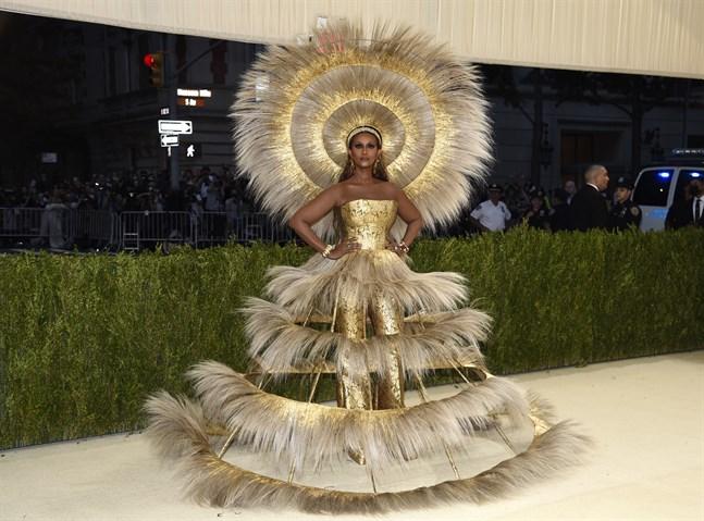 Även modellen Iman hade satsat på guld.