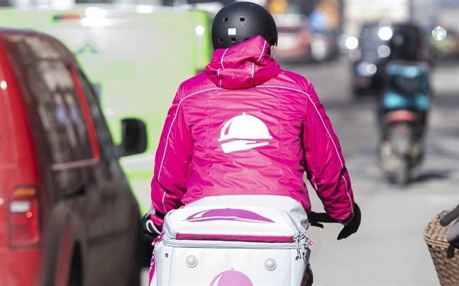 Ett cykelbud från Foodora.