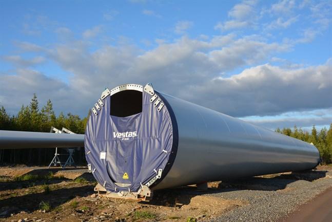 Det är eftersträvansvärt att vindkraftverk placeras i enheter som består av flera vindkraftverk, påpekar skribenterna.
