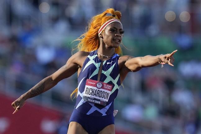Sha'Carri Richardson vann de amerikanska OS-uttagningarna på 100 meter i juni, men stängdes sedan av en månad för att ha använt cannabis.