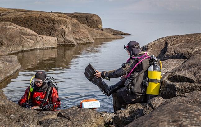 Ett av projekten som Åbo Akademi bedriver i samarbete med Ålands landskapsregering är kartering av undervattensmiljöer. Bilden är från ön Märket.