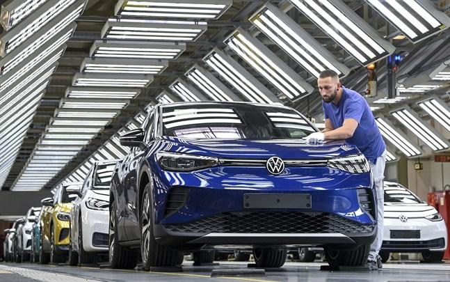 Industrin i eurozonen ökar produktionstakten oväntat mycket. Arkivbild