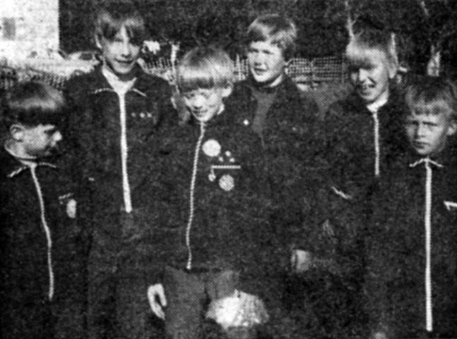 Tjöck IK:s orienteringsgossar. Från vänster Stefan Lillandt, Karl Erik Norrbutts, Harry Lillandt, Dan Blomqvist, Kjell Huldén och Bo-Magnus Äppel.