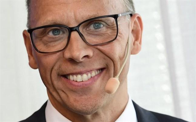 Nordea, med vd Frank Vang-Jensen, siktar på en rejäl omgång utdelning och återköp av aktier i höst.