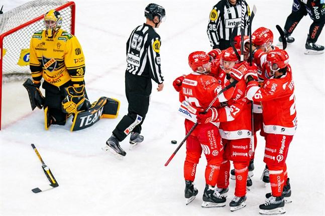 Sport vände och vann hemma mot KalPa. Segerskytt: Turo Asplund.