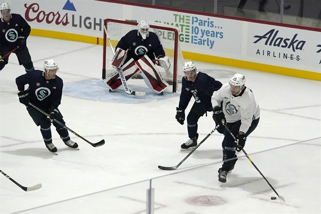 NHL:s nya lag Seattle tränar inför säsongspremiären.